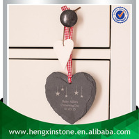 Factory Direct Price Handmade Personalised 10*9*0.5cm Heart Shape Natural Edge Hang Black Craft Slate (Customized Laser Design)