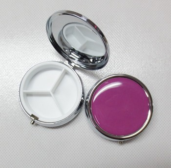 Metal silver color round pill box