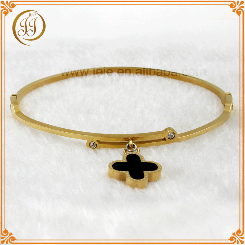Wholesale voue charm four leaf clover design gold bracelet