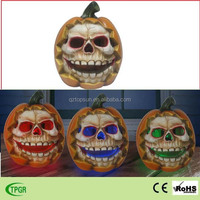 Polyresin pumpkin skull statue Halloween decoration solar garden light
