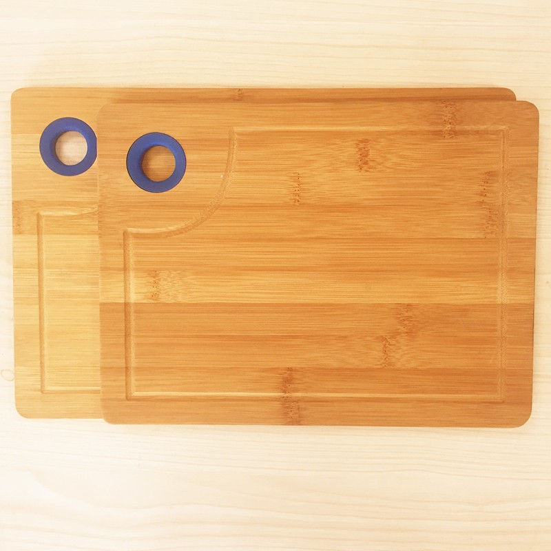 Good quality 2pcs bamboo cutting board sets with silicone