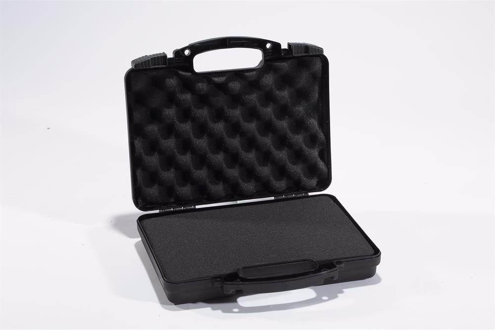 Good quality aluminum knife case