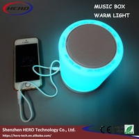 2016 hot warm colorful light and Round desktop speaker bluetooth with AUX