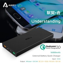 Hot Aukey Power Bank Quick Charge 2.0 16000mAh External Battery Pack Power bank for Samsung Galaxy S6
