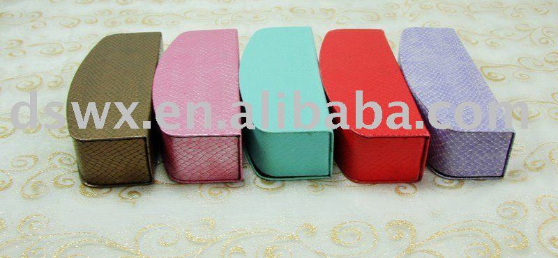 2010 new fashion eyeglasses case eywear spectacle optical case