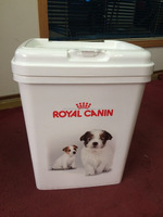 pp pet food container dog food container