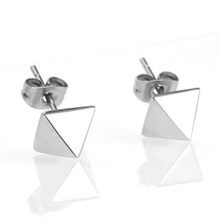 Fashion Rivet Design 316L Stainless Steel Surgical Steel Earrings Eco-Friendly Body Piercing Jewelry Ear Studs