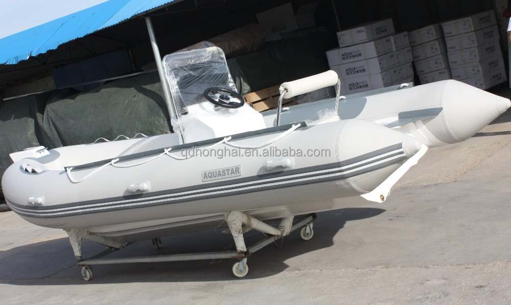 4.8m Fibreglass hull with center console and seat box with CE certification for fishing