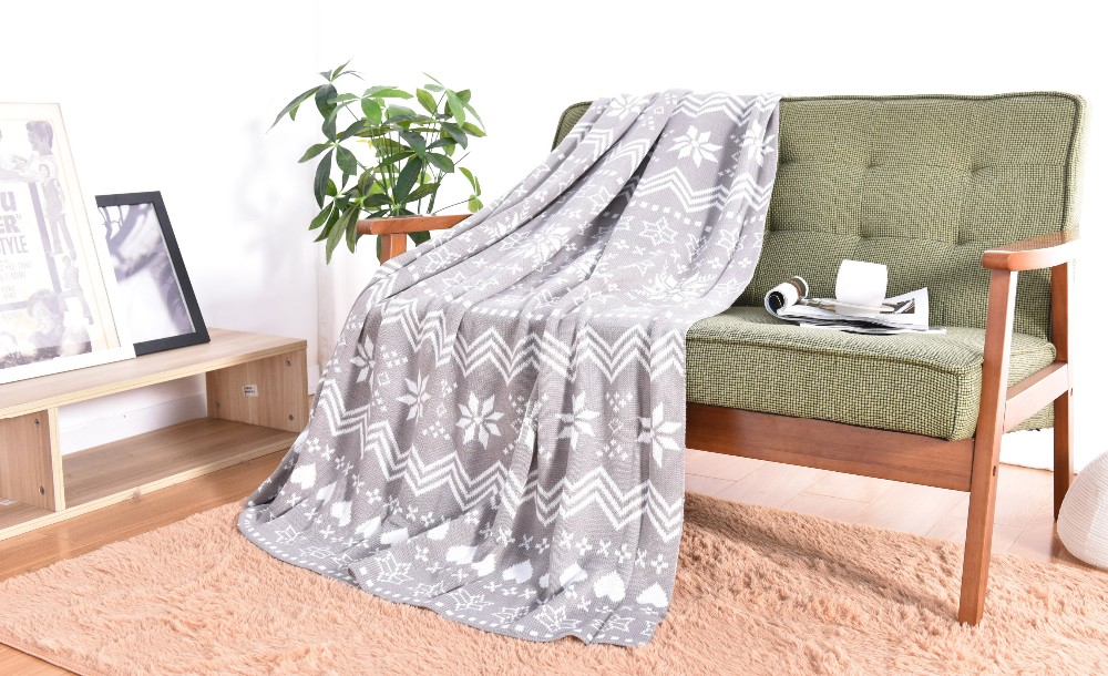 100% Acrylic Knitted Snowflake Jacquard Bedding Brand Names of Blanket
