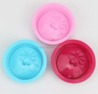 wholesale 8*2.5cm Four Leaf Clover and English words shape single DIY round silicone soap mould