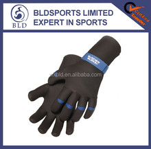 High quality and hot selling neoprene gloves waterproof gloves