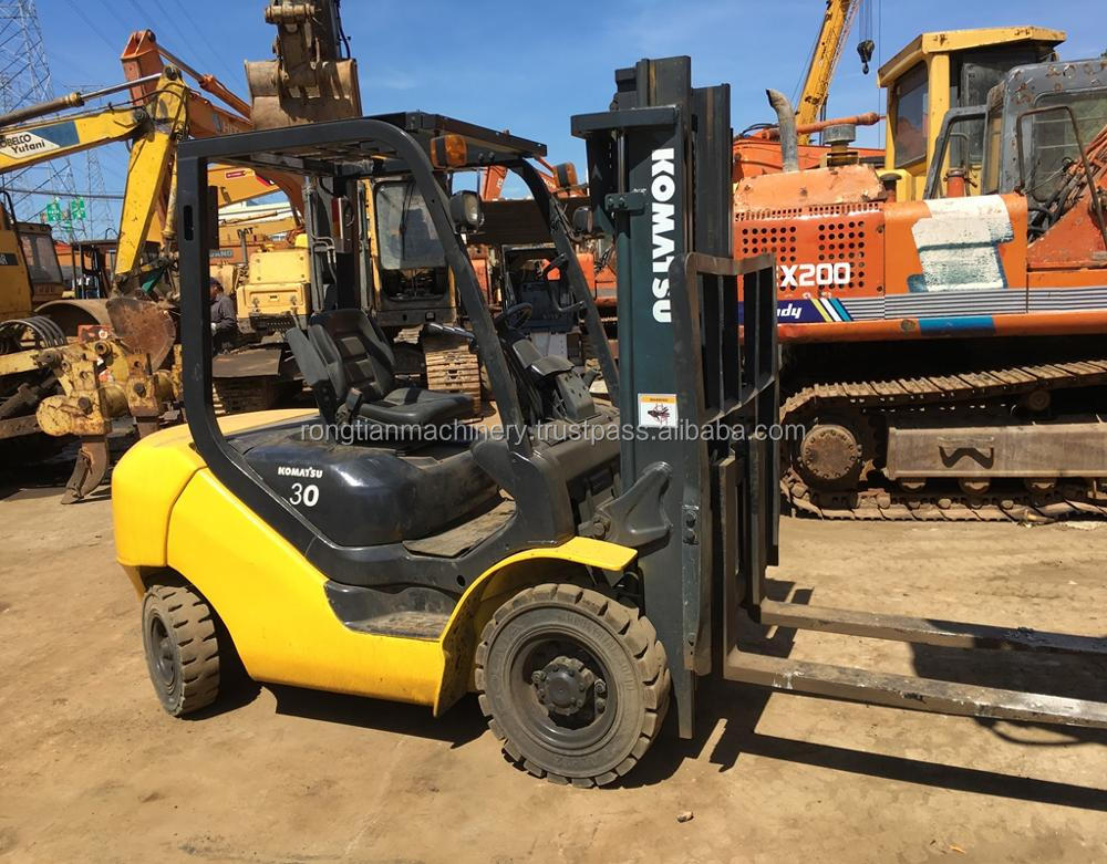 Good quality used komatsu forklift FD30 for sale/ komatsu forklift with low price