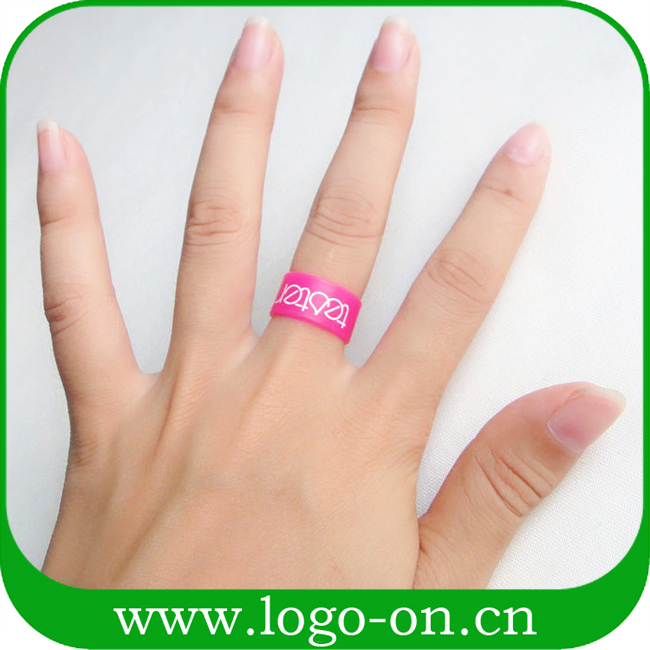 Promotional gift Cheap silicone rubber finger rings