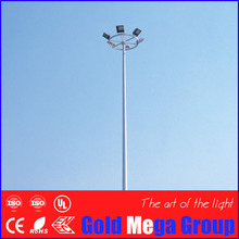 High Mast Square / Yard / Industrial Street Light Poles Conical Galvanized with enery saving LED holders of 20w-220w