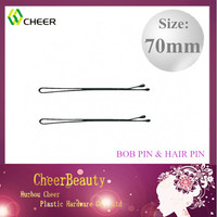 black hair pins and clips