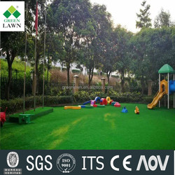 Natural looking and touching fire resistant garden artificial grass for landscaping decoration