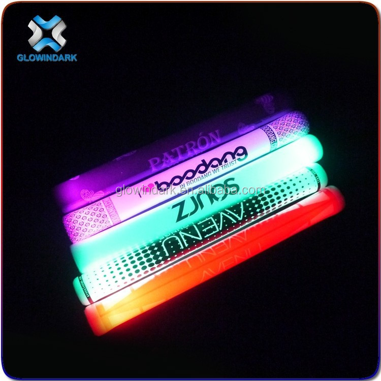 2016 New Arrival Hot sale Flashing Stick Light Wand