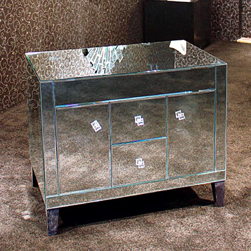 Venetian Mirrored Glass Bedroom Furniture Chest Of Drawers With - Venetian glass bedroom furniture