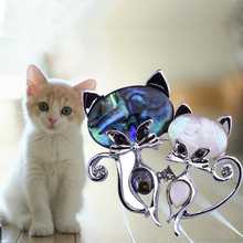 Fashion cute natural shell couple cat brooch diamond corsage wedding accessories promotional gifts
