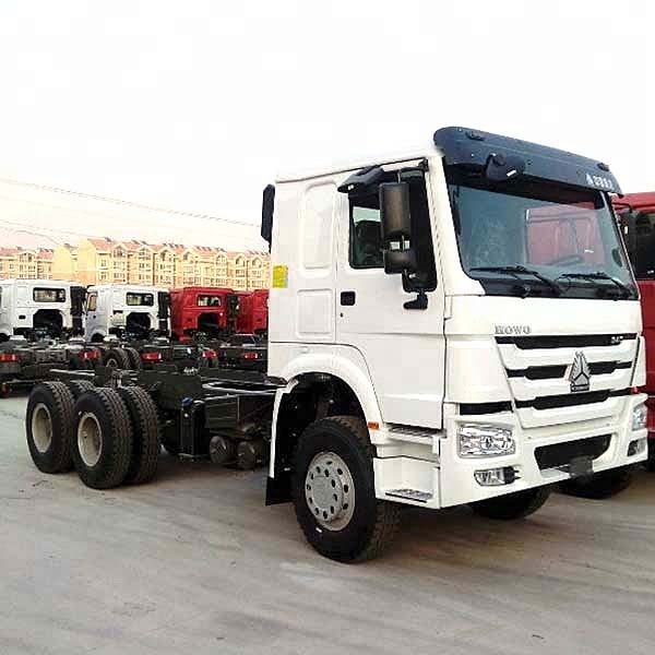 Sinotruk howo 2018 year automatic transmission tractor <strong>truck</strong>