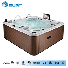 Luxury outdoor wooden skirt soaking tub spa for 5 Persons with HDTV