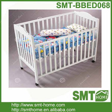 Good popular pine solid wood baby crib importers