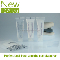 Sales-star yangzhou hotel disposable travel personalized amenity kit toiletries