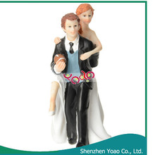 Football Style Bride and Groom Resin Figurines Wedding Cake Decoration