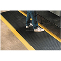 Anti-fatigue floor mat effective cushion foot pressure