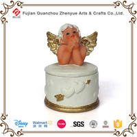 Round shape golden angel decorate jewelry box