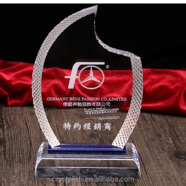 2016 Crystal Plaques and Trophies Promotional Products Achievement