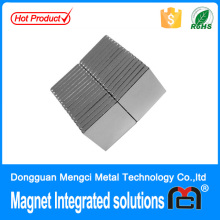 block sheet magnet door closer