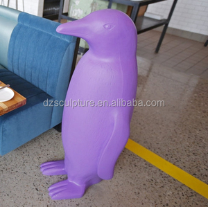 Customized 4ft life size penguin statue for party decoration