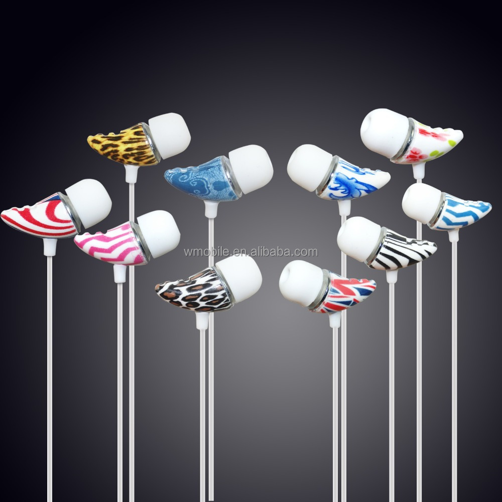 3.5 mm Jack Colorful Earphone Cheap In-ear Wired Headset for MP3 / Mobile Phone and Computer