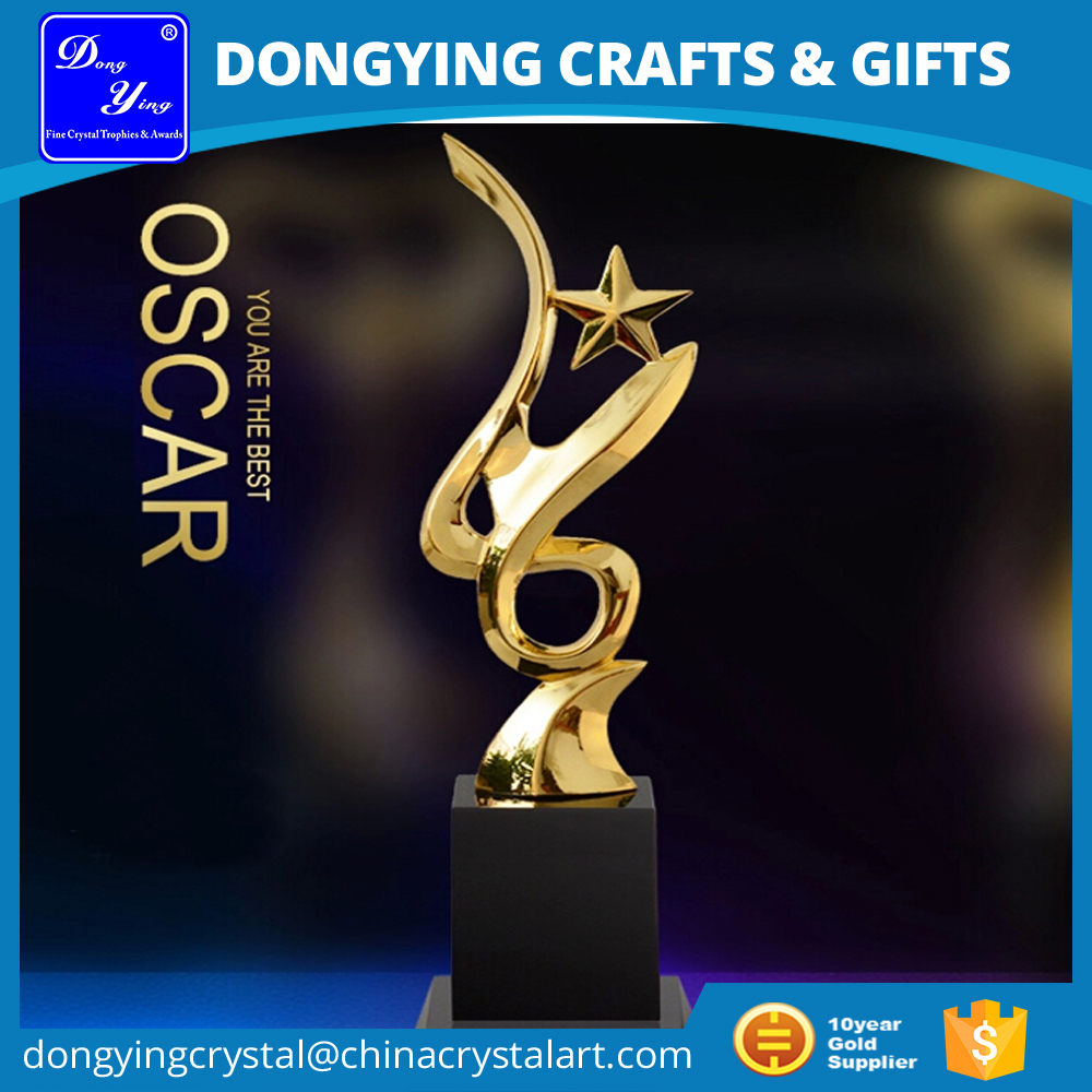 Pujiang Factory Wholesale Trophy Metal Trophy Buy Oscar Trophy