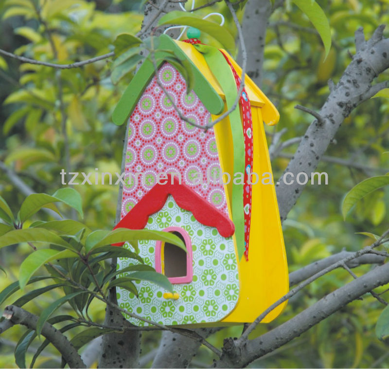 Cheap hanging wooden bird house for decoration or gifts