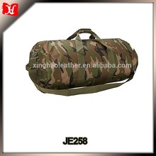 High quality Camouflage waterproof wheeled military duffle bag