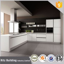 Free design Whit Lacquer kitchen cabients Italian kitchen furniture