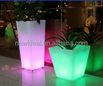 16 color change PE plastic led flower pots (NJ1555)