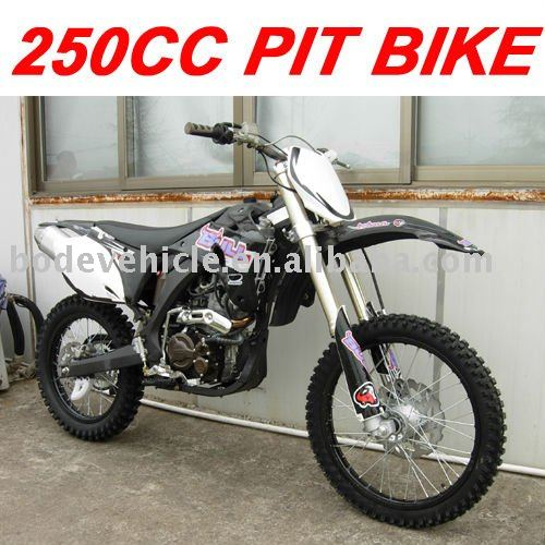 250CC FULL SIZE DIRT BIKE (MC-676)