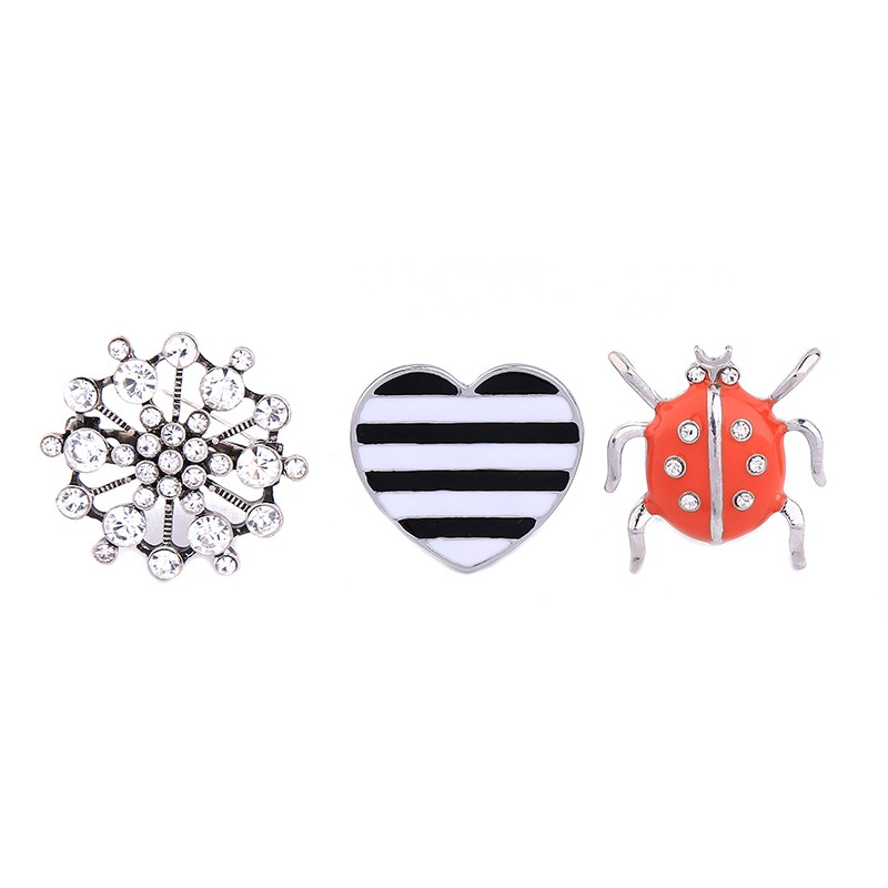 China Wholesale Three-Piece Brooch Set Snowflakes heart ladybugs shaped Stainless Pin Brooch