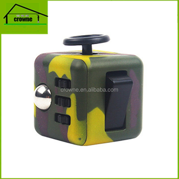 2017 hot sale anxiety release 6 face toy fidget cube