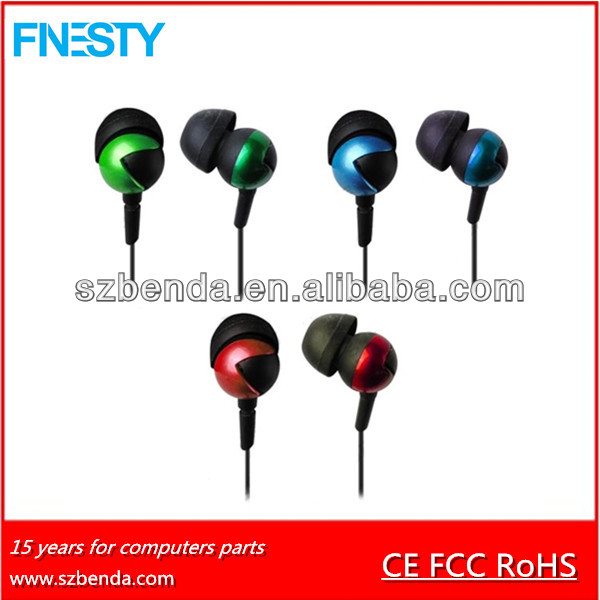 new fashionable high sound stereo metal earphone for mp3 music player earphone case