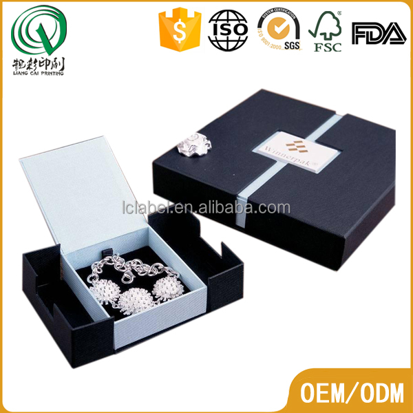 Beautiful luxury hardcover small customized jewelry gift boxes paper jewelry box