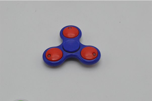 new style kids play gyro cheap finger spinning toy for wholesale