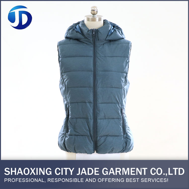 Eco-Friendly Luxury Beautiful No Sleeves Down Jacket For Women With Hood