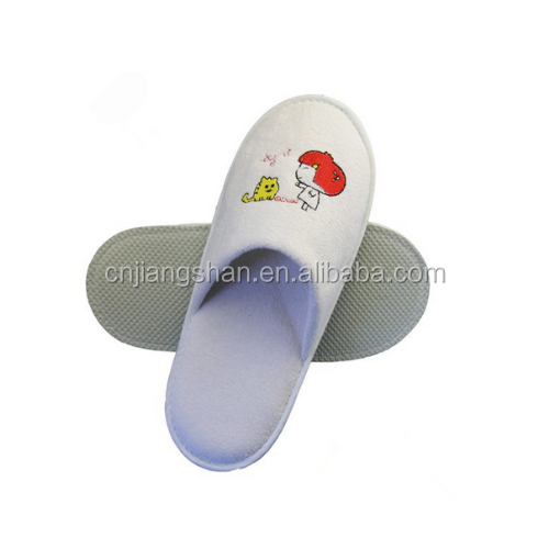 Wedding slippers for guests disposable guest slippers