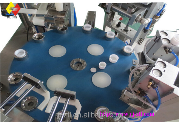 Plastic Milk Bottle Caps Induction Caps Seal Liner Automatic Inserting Machine