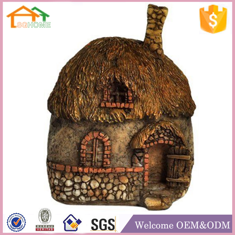 Factory Custom made home deccoration polyresin figurines for terrarium