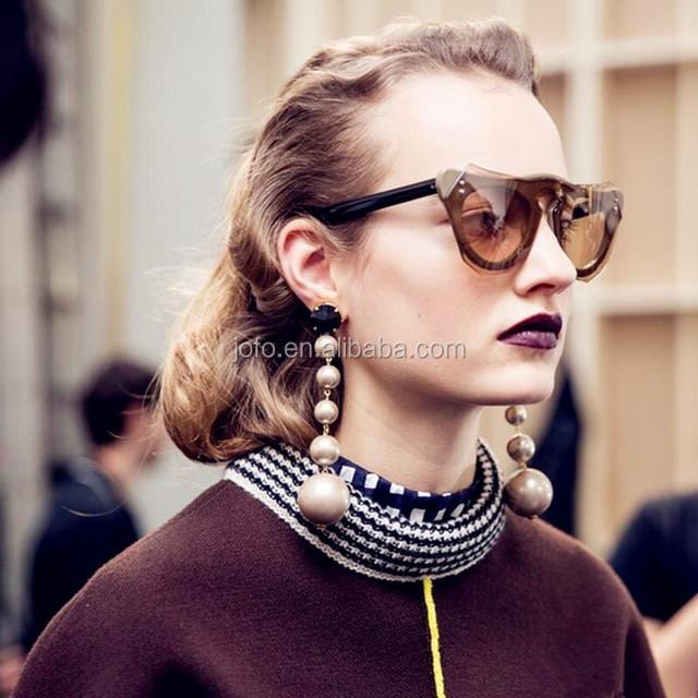 2017 New Hot Sell Latest Design Handmade Pearl Beads Earrings Women's Statement Fashion Super Big Hanging Long Pom Pom Earrings